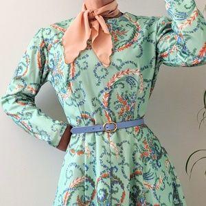 Dresses & Skirts - BUNDLE Vintage green floral dress